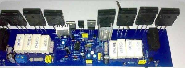 Amplificador mono de 500 watts RMS para montar.